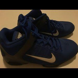 Woman's Nike Air Visi Pro 4 Basketball Shoes
